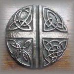 wg-97-celticlovecross-a.jpg